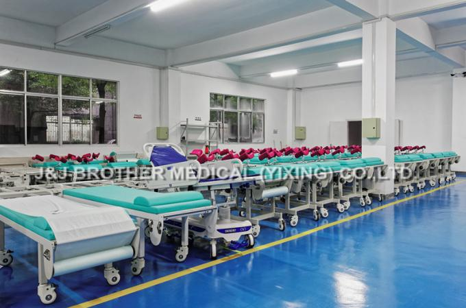 Intelligent Gynecological Examination Table , Steel Obstetric Delivery Bed
