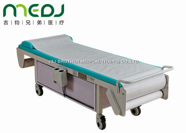 China MJSD03-01 Electric Examination Bed Silent Castors With Wooden Cabinet supplier
